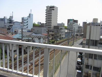 蔵前橋通り 京成亀戸線を跨ぐ江東新橋  蔵前橋通り 京成亀戸線を跨ぐ江東新橋 江東新橋は西から京
